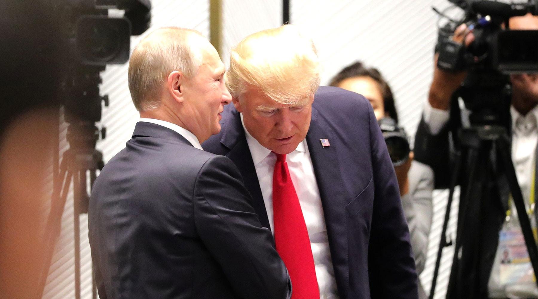 «Американцы не проявили гибкости»: в Кремле объяснили срыв встречи Путина и Трампа