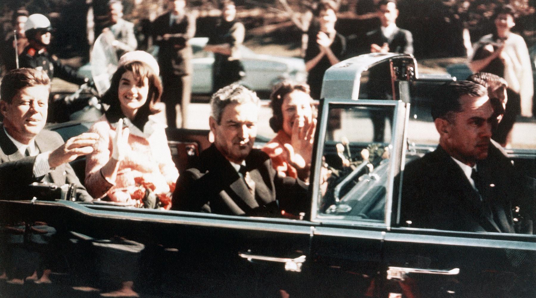 Мафия, спецслужбы или Советский Союз: почему американцы до сих пор не верят результатам расследования убийства Кеннеди