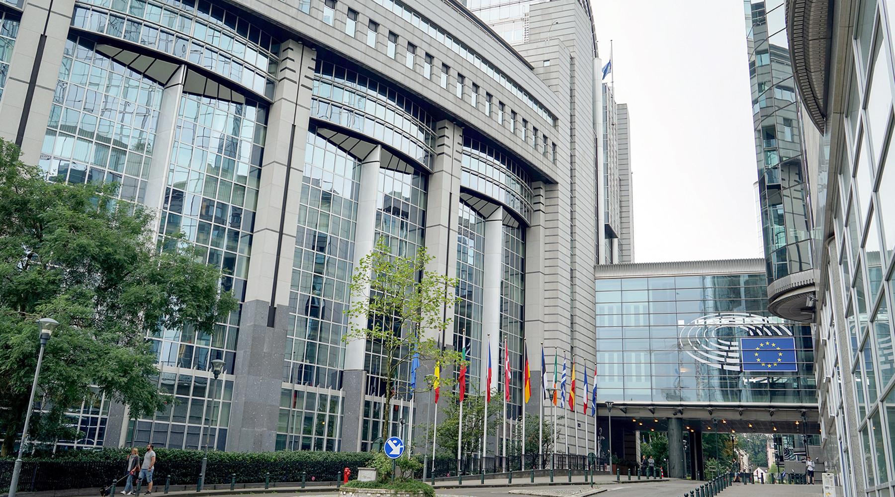 Евросоюз предложил реиндустрилизацию и восстановление Донбасса в обмен на перемирие