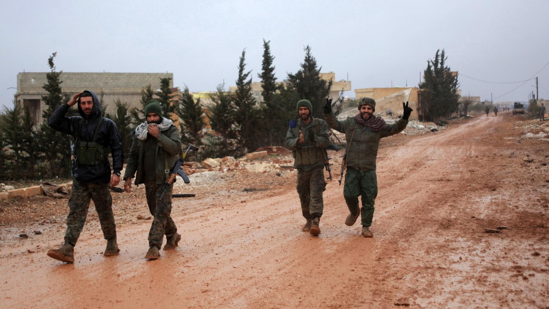 «Налаживается мирная жизнь»: в Минобороны России заявили о скором разгроме ИГ на востоке Сирии