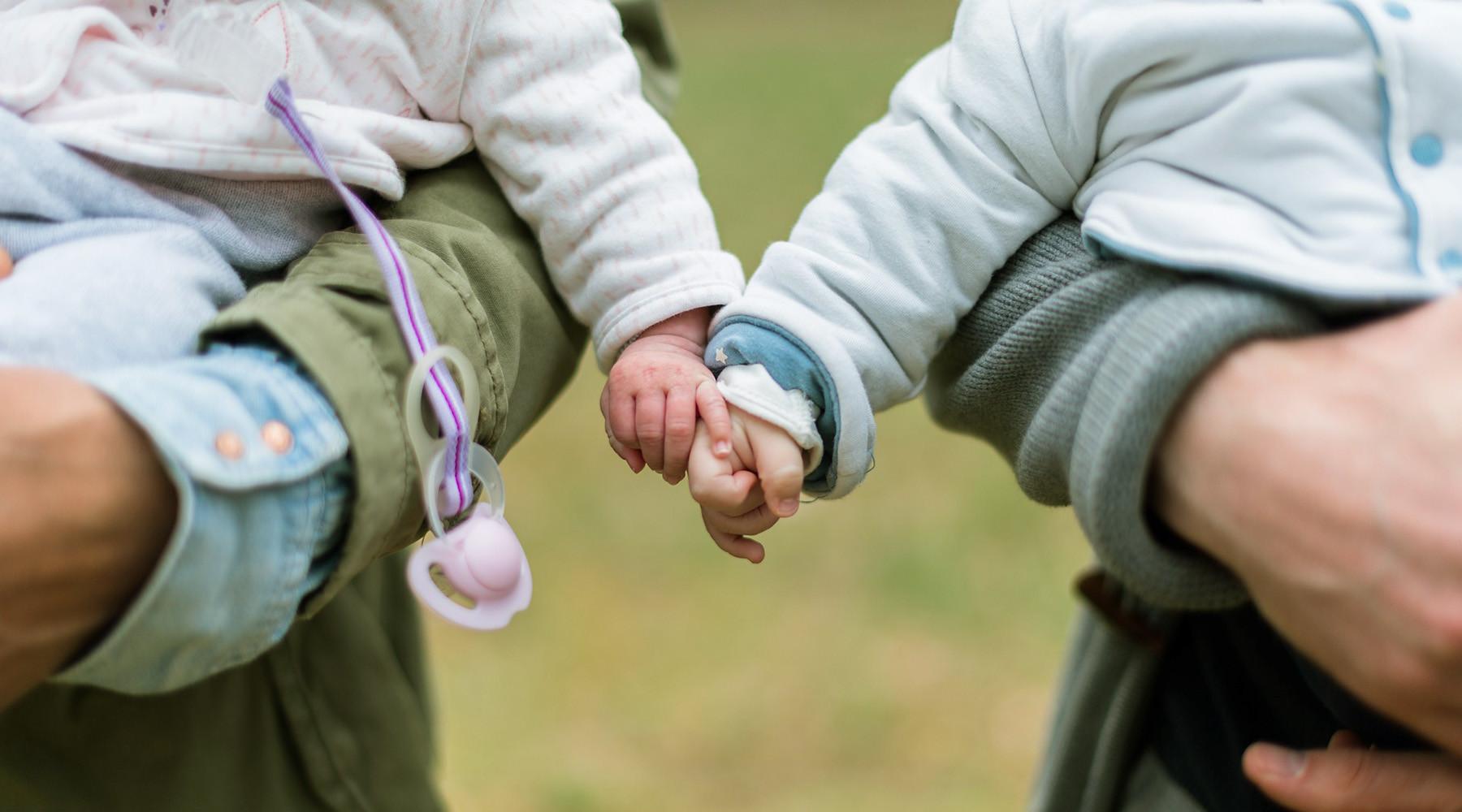 Путин продлил действие программы материнского капитала до конца 2021 года