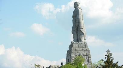 Памятник советскому солдату-освободителю «Алёша» в городе Пловдив, Болгария