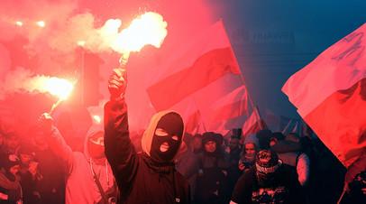 Во время марша в День независимости в Польше