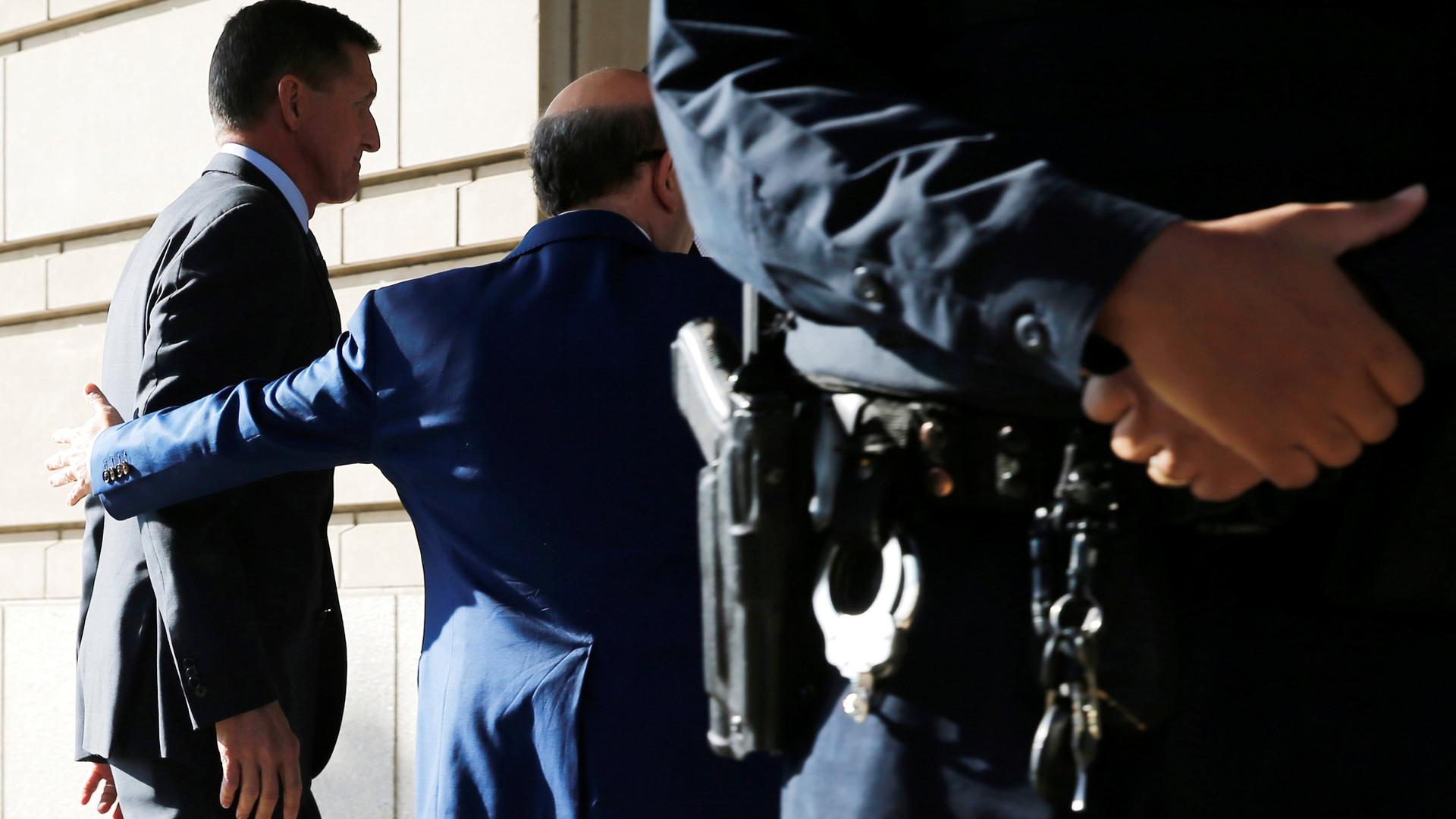 ФБР неможет разблокировать телефон техасского стрелка