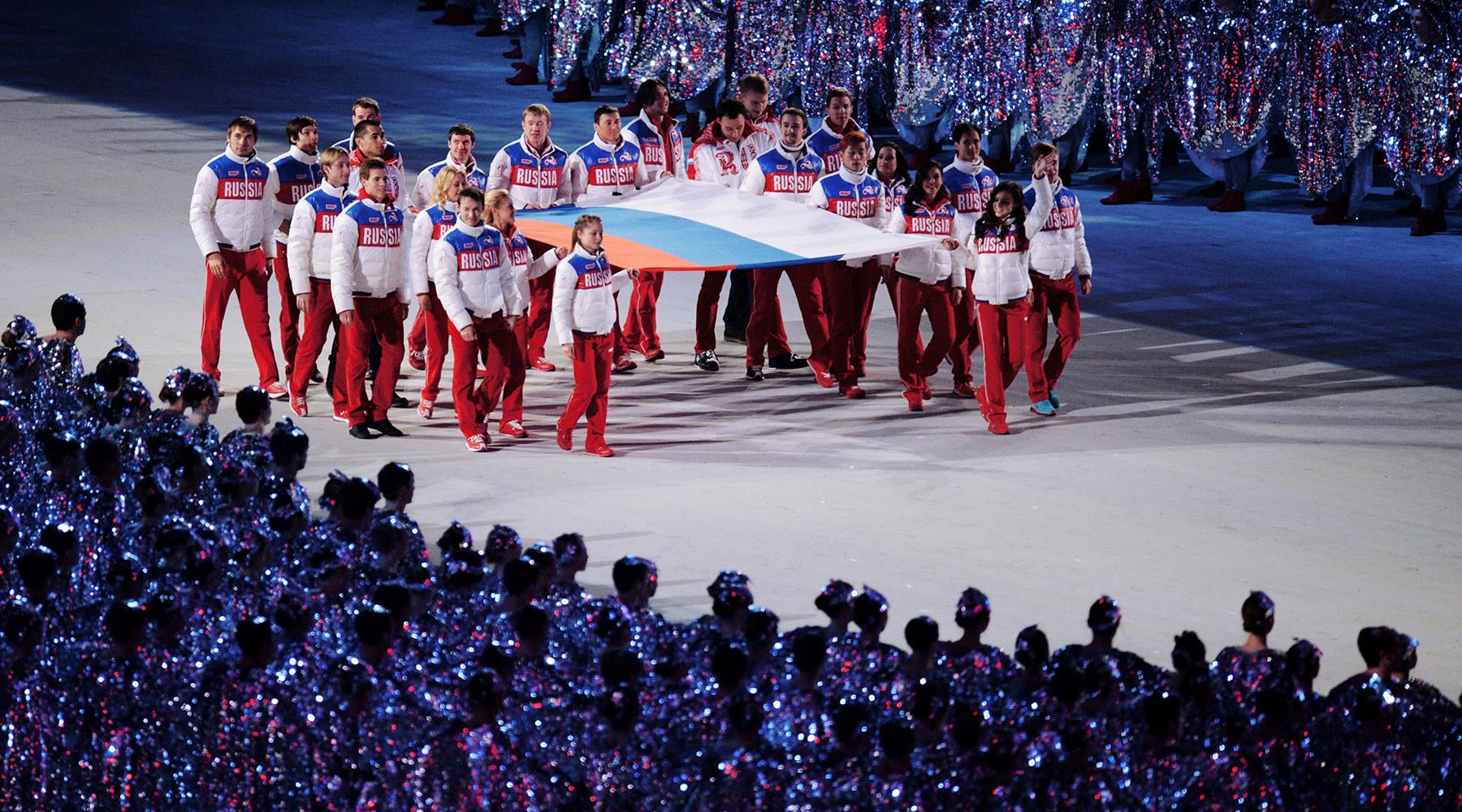 Медведев об участии россиян в Играх в Пхёнчхане»