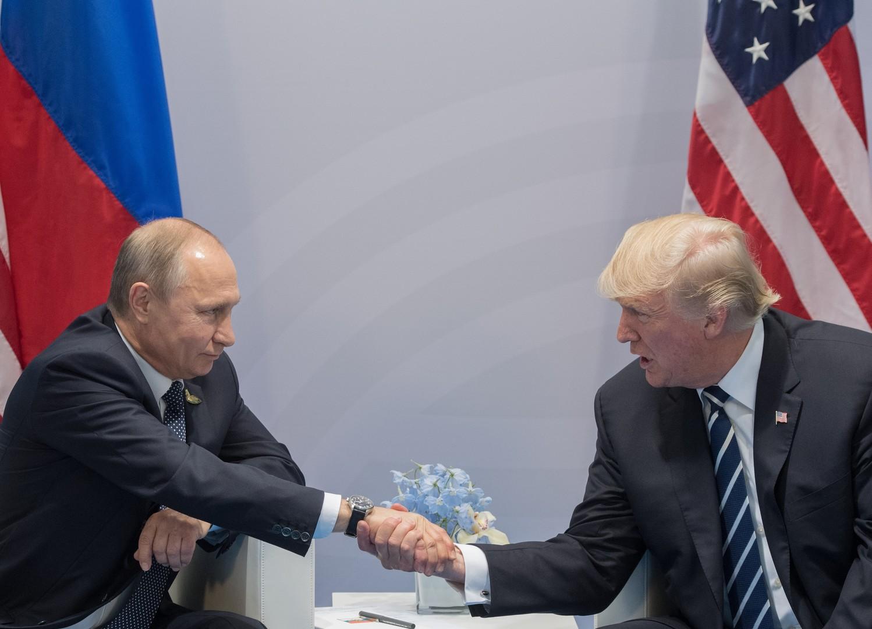 Позитивный пример сотрудничества: Путин поблагодарил Трампа за информацию о готовящихся в Петербурге терактах