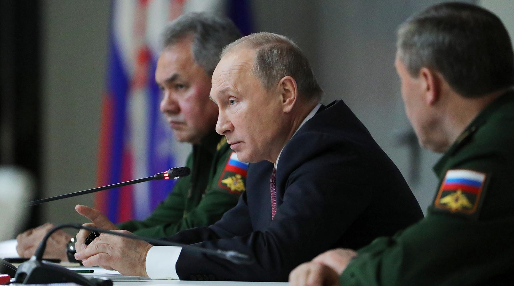 «Россия должна быть среди государств-лидеров»: Путин призвал к строительству армии нового поколения