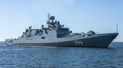 Фрегат Черноморского флота ВМФ России «Адмирал Макаров» проекта 11356