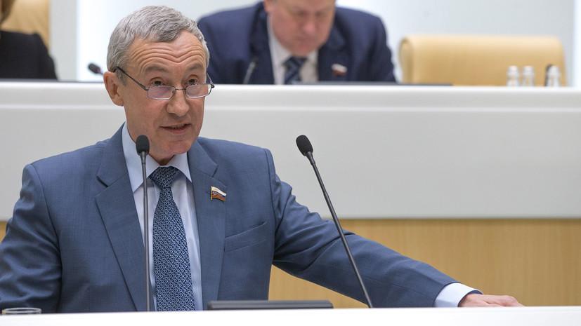 в Совфеде обвинили США в навязывании «правильных» кандидатов в президенты России