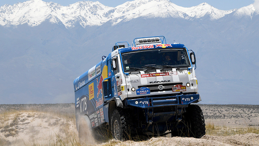 Подарок на юбилей: «КамАЗ» стал победителем общего зачёта грузовиков ралли «Дакар»