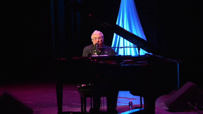 Рэнди Ньюман получил премию «Грэмми» за песню о Путине