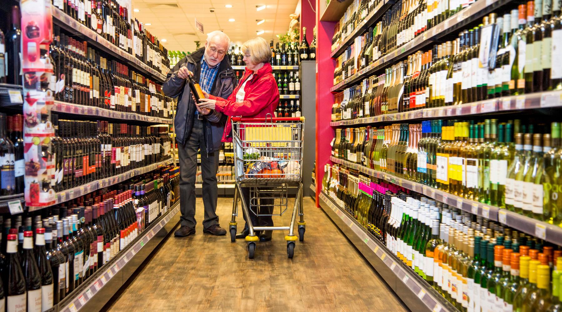 Минздрав рассмотрит идею размещения устрашающих изображений набутылках спиртного