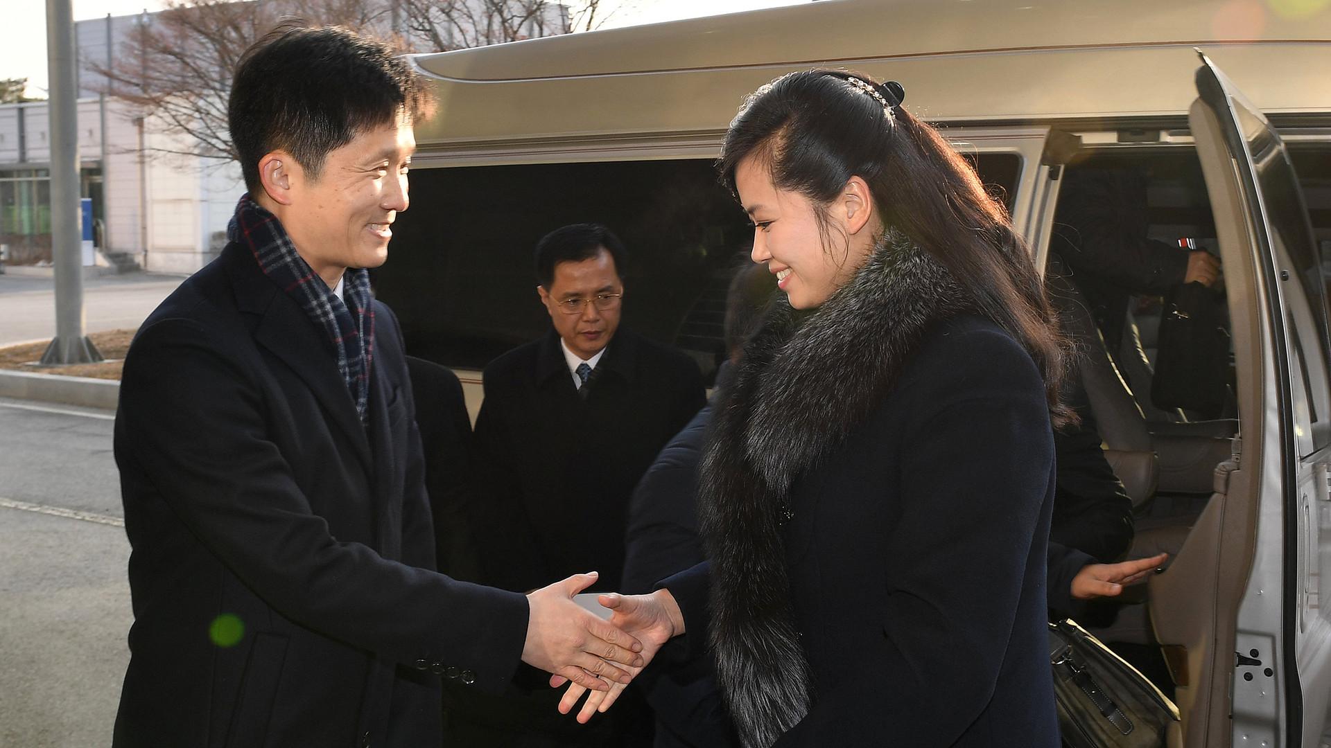 На высокой ноте: в Сеул приехала делегация КНДР во главе с любимой певицей Ким Чен Ына
