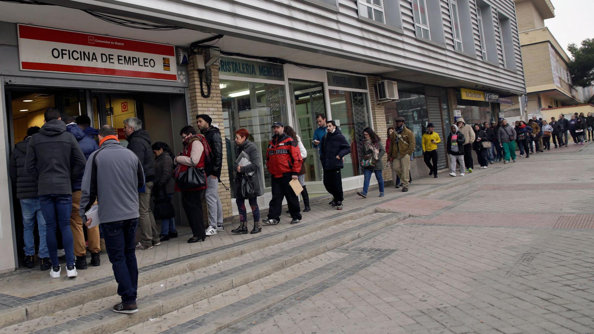 Число нигде неработающих вмире достигло рекордных 192,7 млн человек