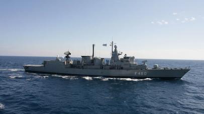 Греческий военный корабль
