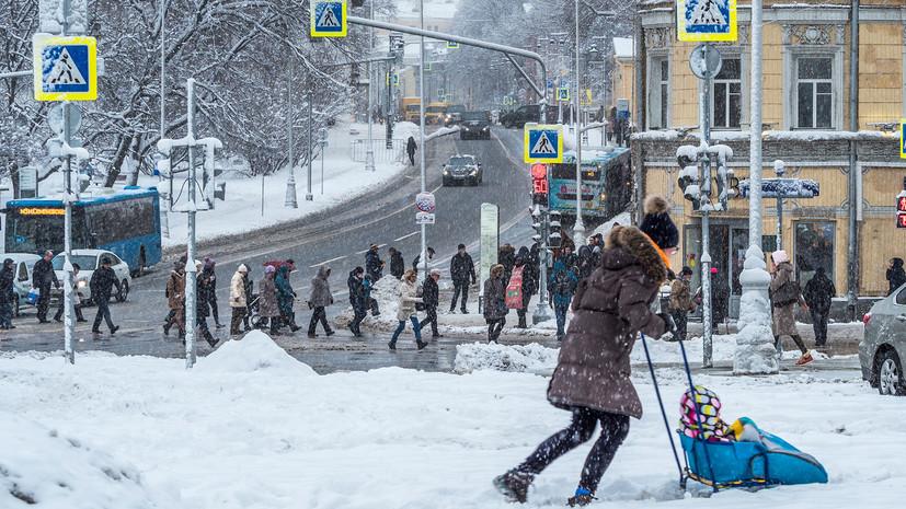 В Центральной России почти 15 тысяч жителей остались без света из-за непогоды