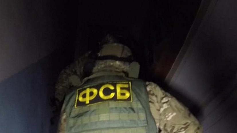 Источник: ФСБ проводит обыски у врио премьера Дагестана и его заместителей