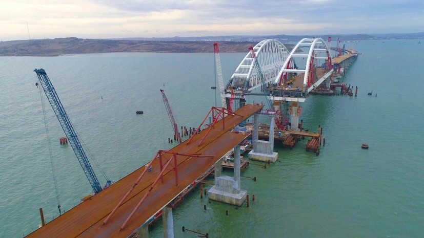 Строители рассказали о достигнутых при возведении моста в Крым результатах