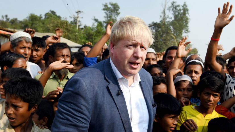 Джонсон в ходе визита в Бангладеш встретился с беженцами рохинджа