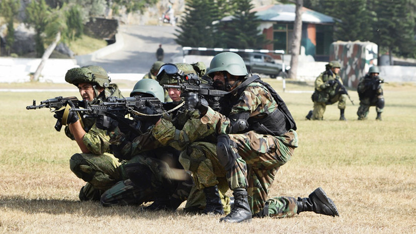 США сообщили о снижении влияния Вашингтона на Пакистан из-за России, Китая и Ирана