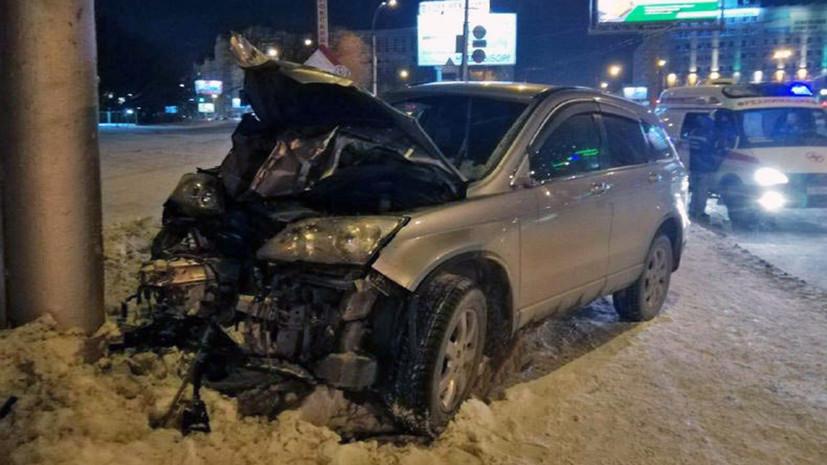 В Новосибирске при наезде автомобиля на пешеходов погибли два человека