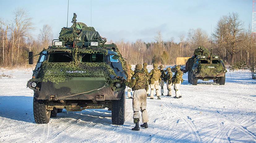 Правозащитник: солдаты в Эстонии отказались исполнять песню про убийство русских