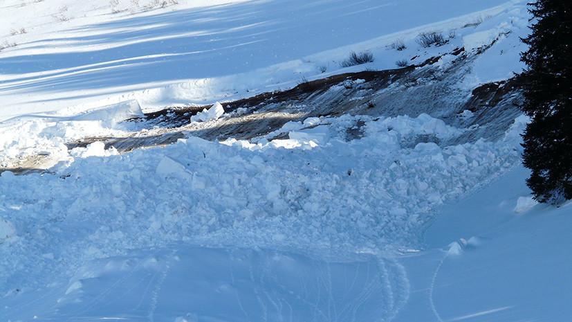 Источник: ребёнок из России погиб при сходе лавины на горнолыжной базе в Киргизии