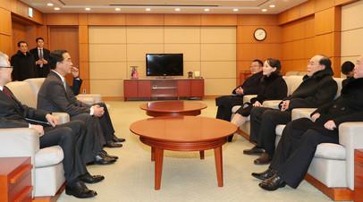 Во время встречи представителей КНДР и Южной Кореи