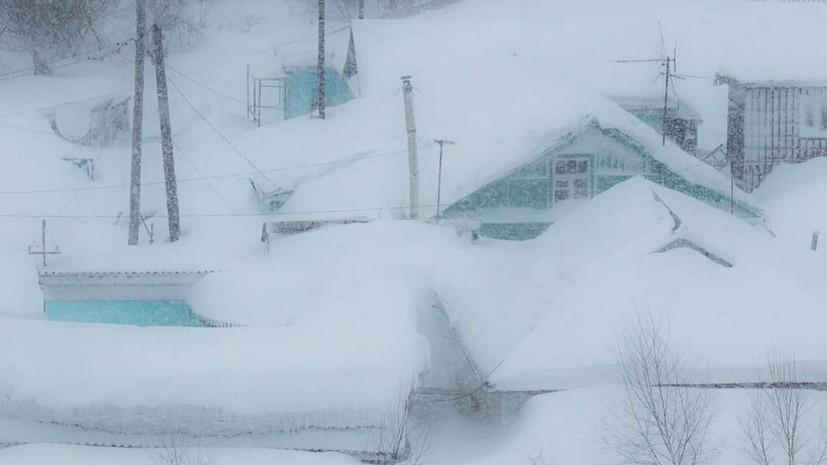 В Южно-Сахалинске снят введённый из-за снежного циклона режим ЧС