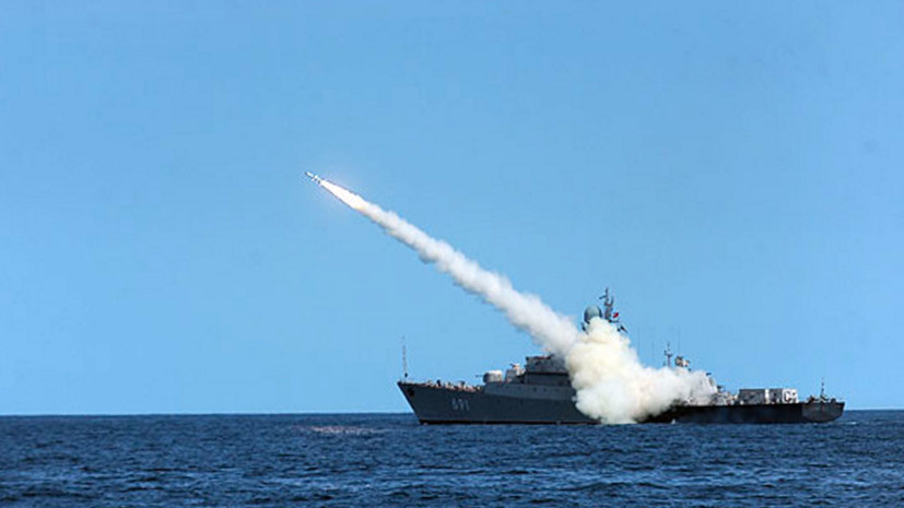 Ракетный корабль «Татарстан» вышел в Каспийское море для выполнения стрельб