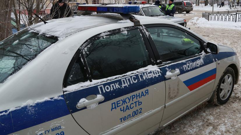 На Крымском Валу в Москве столкнулись четыре автомобиля