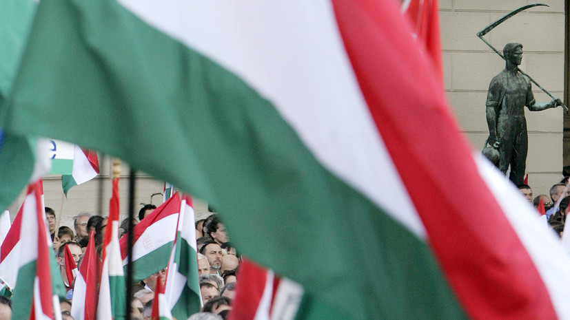Главу МИД Венгрии возмутила причина размещения войсковой части ВС Украины в Закарпатье