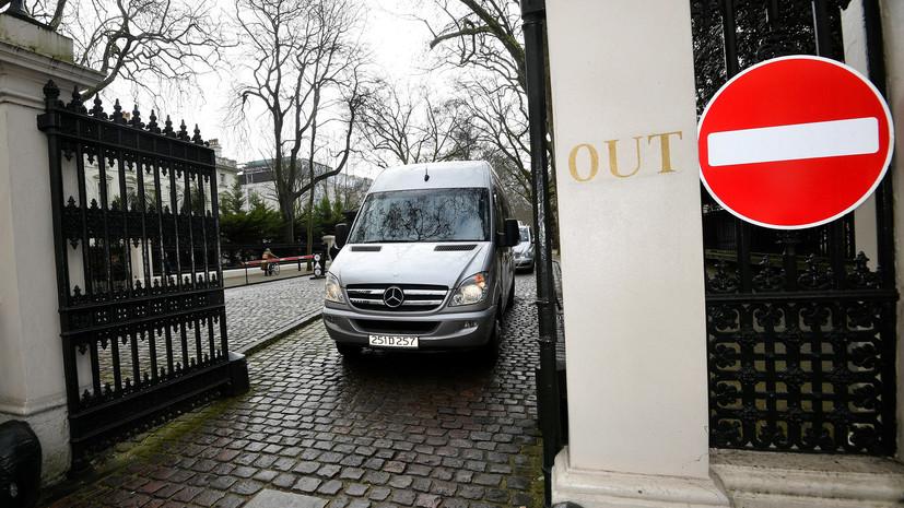 Политолог назвал сомнительным план Лондона убедить союзников в ЕС выслать российских дипломатов