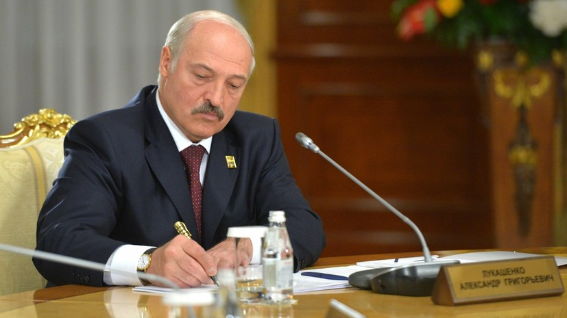 Лукашенко поручил провести проверки во всех торговых центрах в Белоруссии