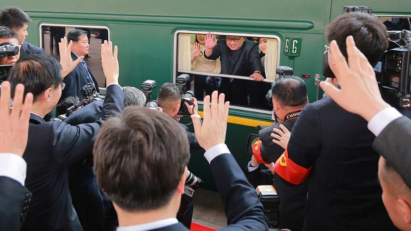 Абэ призвал Китай объяснить визит Ким Чен Ына в Пекин