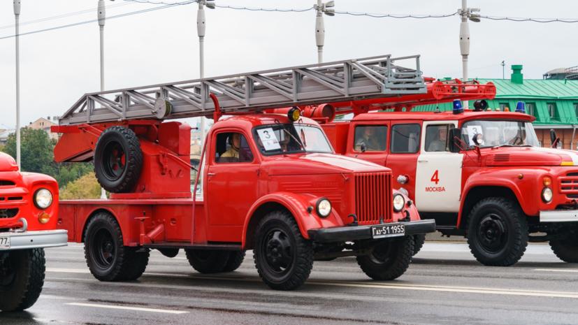 В многоэтажном доме в Петербурге локализован пожар