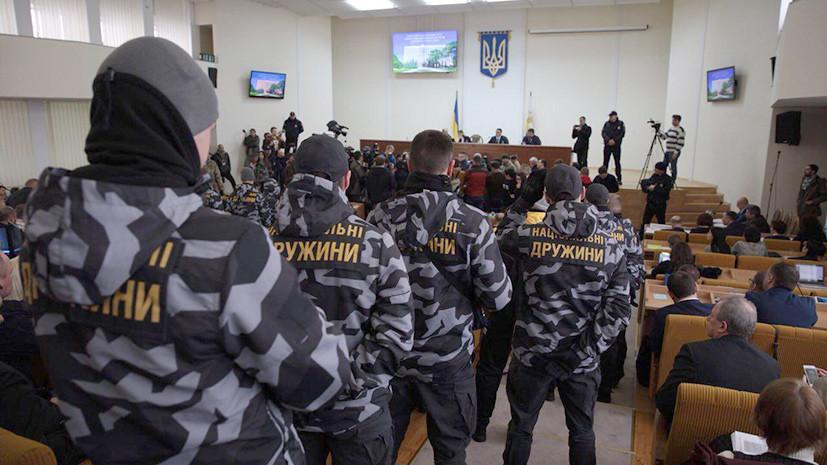 Националисты ворвались в здание горсовета украинского Николаева