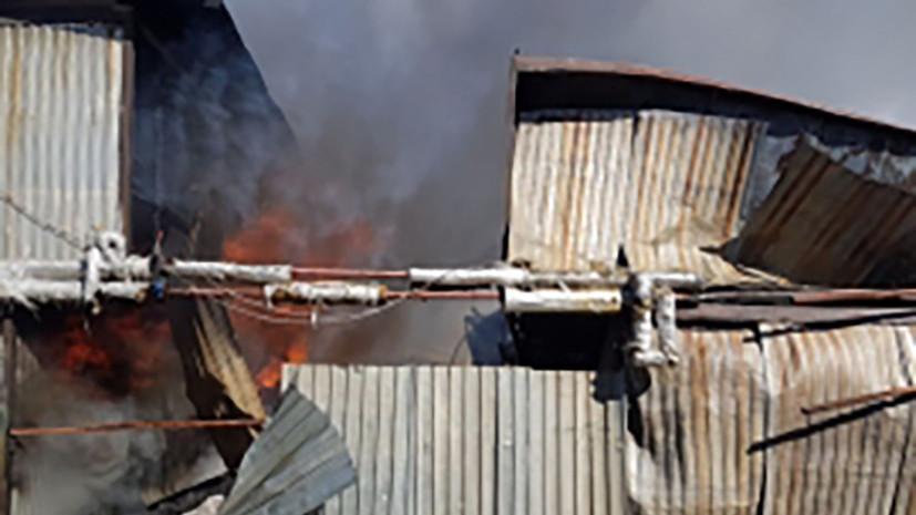 В Подмосковье ликвидировали пожар в строительных бытовках