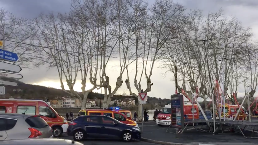 Во Франции в результате аварии на карусели погиб человек