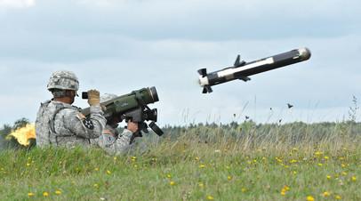 Американский переносной противотанковый ракетный комплекс FGM-148 Javelin