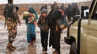 Беженцы в сирийском лагере «Эр-Рукбан»