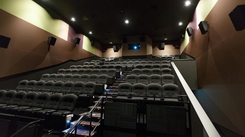 В Госдуме пообещали обязать ТЦ перенести кинотеатры на нижние этажи