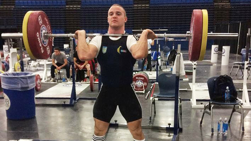 Украинский тяжелоатлет Пелешенко отстранен от состязаний из-за опасений вупотреблении допинга