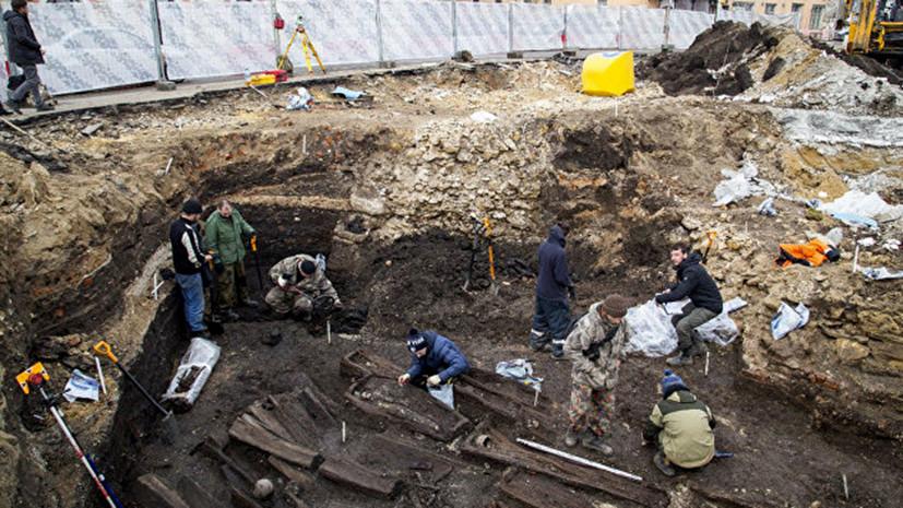 В Туле рабочие обнаружили старинное захоронение