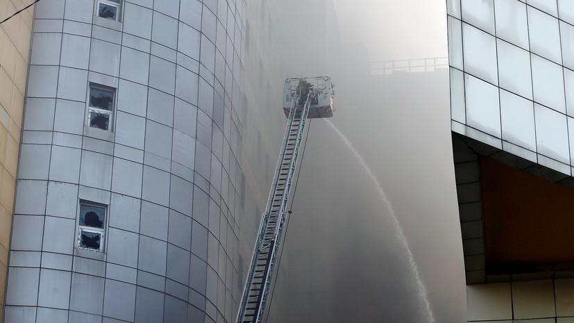В Турции произошёл пожар в многоэтажном здании больницы