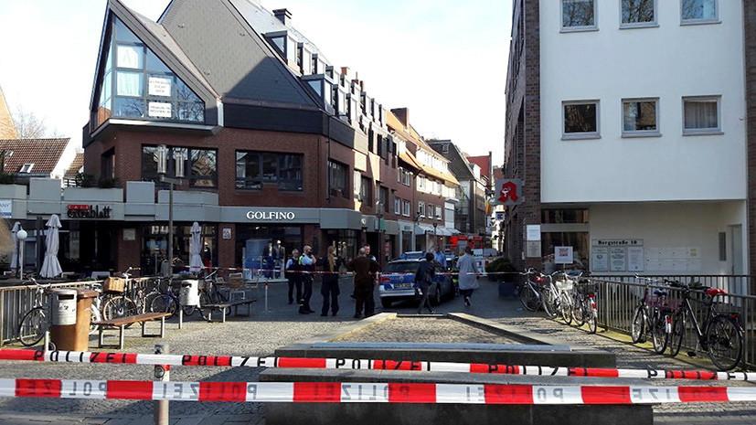 СМИ: Полиция обнаружила подозрительный предмет в наехавшем на людей в Мюнстере грузовике