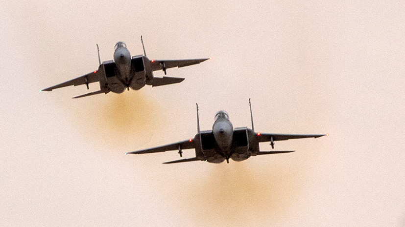 Два F-15 и восемь ракет: Минобороны России заявило о причастности Израиля к удару по аэродрому в Сирии