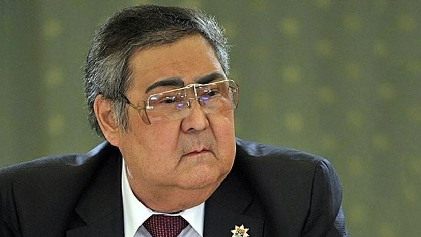 Тулеев прибыл на сессию парламента Кузбасса, где может быть избран спикером