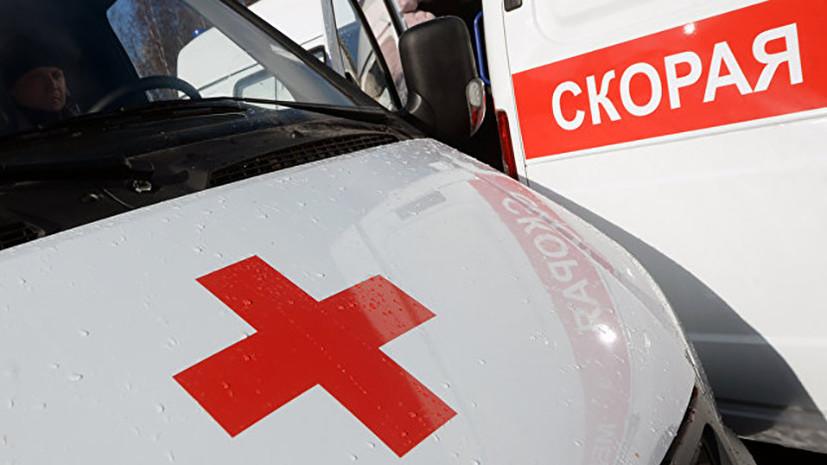 Потолок обрушился на учеников в школе на юге Москвы