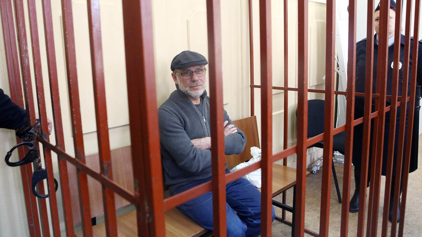 Прокуратура выступила против перевода экс-директора «Гоголь-центра» под домашний арест